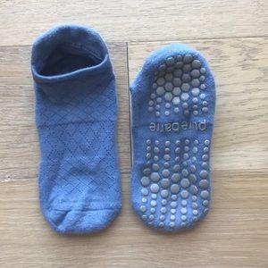 PB Sticky Socks